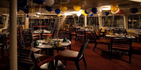Прогулочный корабль-ресторан Kotva
